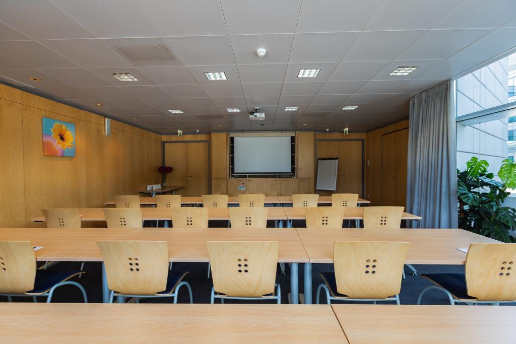 Groupe-NCI-Salle-de-reunion